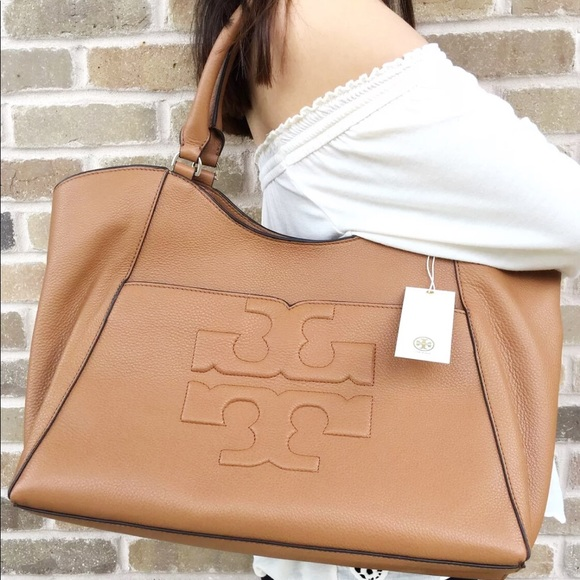 Tory Burch Bombe Large east West Tote bark tan Boutique 1df817f19ea95